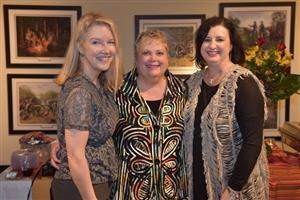 Elizabeth Moore (Dixie), Kaye Gosline and Brenda Knowles (Shaw)
