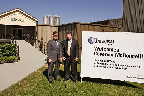 Universal Fibers Welcomes Gov. McDonnell